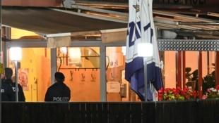 Vor diesem Innsbrucker Lokal im Stadtteil Pradl brachen die zwei Personen bewusstlos zusammen. (Bild: zeitungsfoto.at/Liebl Daniel)