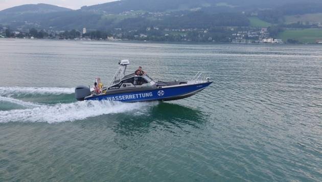 Motorboot D92-2 in Fahrt (Bild: Wasserrettung Salzburg)