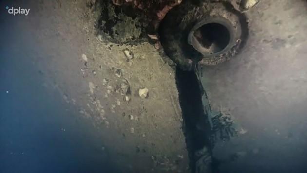 Ein vier Meter großes Loch fanden Dokumentarfilmer im Wrack der 1994 gesunkenen Estonia. (Bild: AFP/DPLAY/TT News Agency)