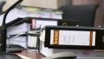 Akten anlässlich des Strafprozesses zur Causa Telekom/Valora (Bild: APA/HANS PUNZ/APA-POOL)