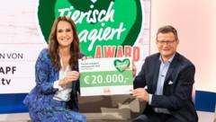Moderatorin Maggie Entenfellner und Fressnapf Österreich-Geschäftsführer Hermann Aigner. (Bild: Anna Rauchenberger)