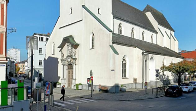 Die Stadtpfarrkirche Wels (Bild: Wikipedia)