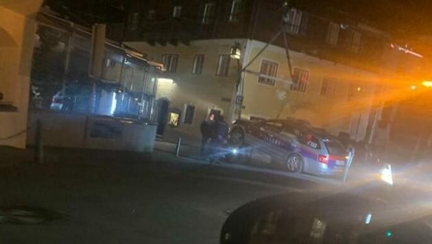 Direkt bei der Einfahrt ins Zeller Stadtzentrum passierte der Poller-Unfall. (Bild: krone)