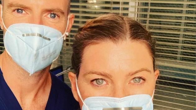 Instagramfoto von Ellen Pompeo mit ihrem Kollegen Richard Flood (Dr. Cormac Hayes) vom Set. (Bild: www.instagram.com/ellenpompeo)