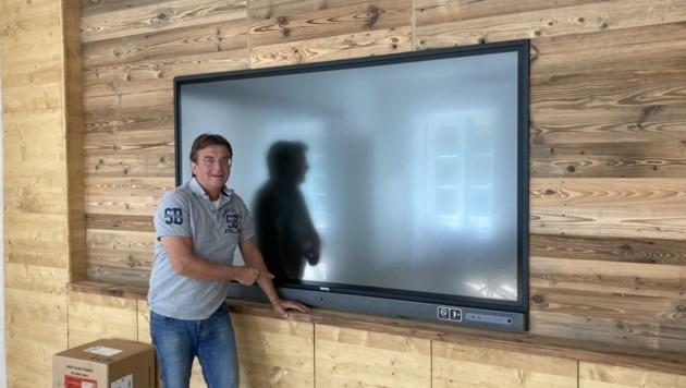 Hannes Ja- gerhofer baut an seinem Firmensitz in in Klagenfurt ein digitales Kompetenzzentrum auf. (Bild: Tragner Christian)