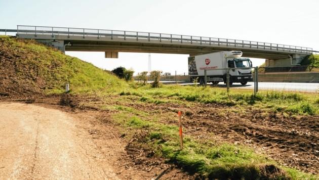 Die Pulverturmbrücke wird in zwei Wochen vollkommen abgetragen und dann neu gebaut. (Bild: Sepp Pail)