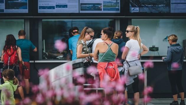 Im Sommer zog es im Schnitt täglich 2500 Menschen zum Kitzsteinhorn (Bild: EXPA/ Stefanie Oberhauser)