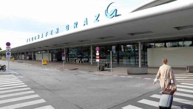 Gähnende Leere am Grazer Flughafen. Nach dem letztjährigen Rekordergebnis gibt es durch Corona heuer einen bitteren Absturz. (Bild: Christian Jauschowetz)