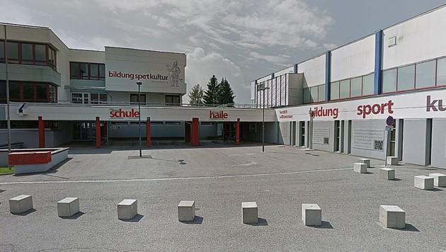 Die Mittelschule Trofaiach wurde vorsorglich geschlossen. (Bild: Screenshot Google Street View)
