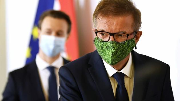 Gesundheitsminister Rudolf Anschober wollte vor der Budgetrede von Finanzminister Gernot Blümel keine Kosten nennen. (Bild: APA/ROBERT JAEGER)
