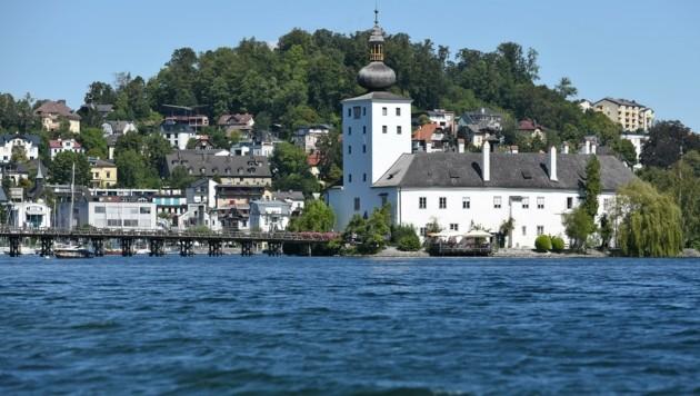 Die Errichtung eines Hotels im Schloss Ort schlägt in Gmunden wieder einmal hohe Wellen (Bild: Wolfgang Spitzbart)
