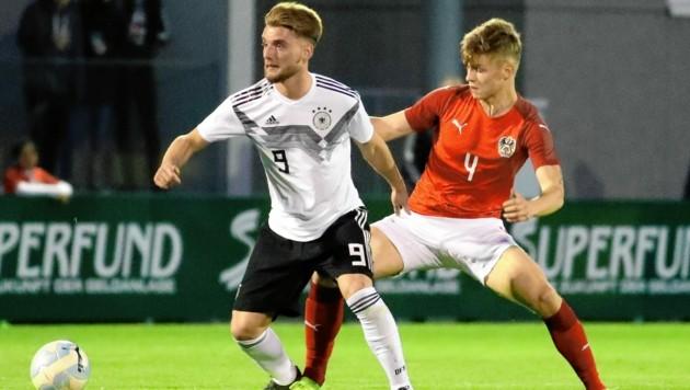 U19-Teamspieler David Nemeth (r.) wechselt zu Sturm. (Bild: Andreas Tröster)