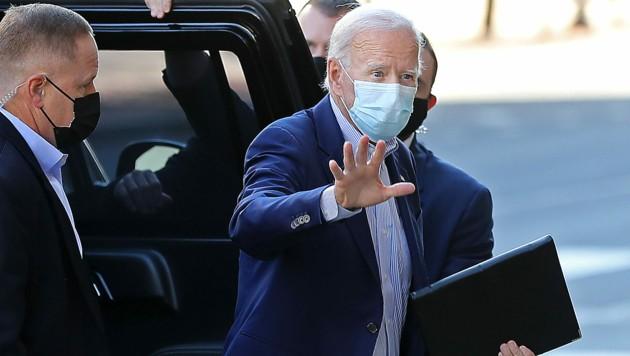 Joe Biden auf dem Weg zu einer Wahlveranstaltung im US-Staat Delaware (Bild: APA/Getty Images via AFP/GETTY IMAGES/CHIP SOMODEVILLA)