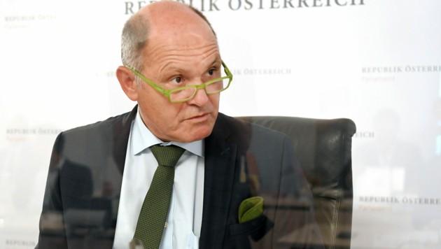 Der U-Ausschuss-Vorsitzende Wolfgang Sobotka (Bild: APA/Roland Schlager)