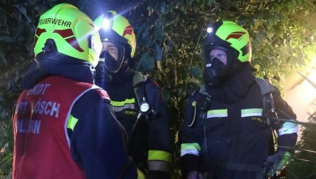 Helfer brauchten Atemschutz (Bild: Feuerwehr Wilfersdorf)