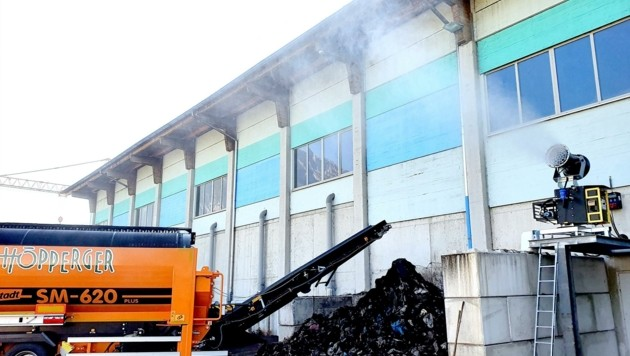 Mit der neuen Kanone vermeidet die Fa. Höpperger zu 95 % den unangenehmen Kompostierungsgeruch. (Bild: Höpperger Umwelttechnik)