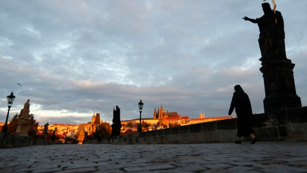 Tschechien hat mittlerweile mit den höchsten Neuinfektionszahlen in ganz Europa zu kämpfen. (Bild: AP)