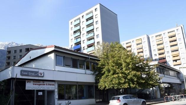 Die flachen Gebäude sollen um drei Etagen höher werden. (Bild: Andreas Fischer)