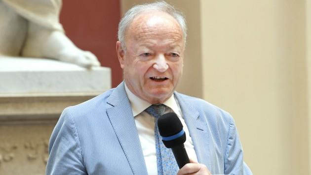 Von 2002 bis 2006 war Andreas Khol Nationalratspräsident (Bild: APA/ROLAND SCHLAGER)