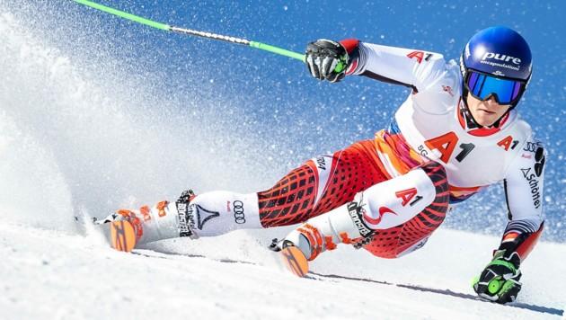 Der 22-jährige Andelsbucher Thomas Dorner bestritt in dieser Saison erst ein Weltcuprennen - den Auftakt in Sölden. In Bansko kommt - zumindest am Samstag - auch kein weiterer Einsatz hinzu. (Bild: EXPA Pictures)