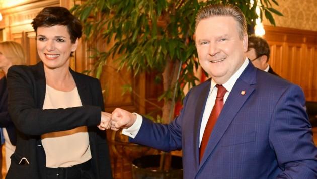 SPÖ-Bundesparteichefin Pamela Rendi-Wagner und Wiens Bürgernmeister Michael Ludwig (Bild: APA/PID/JOBST)