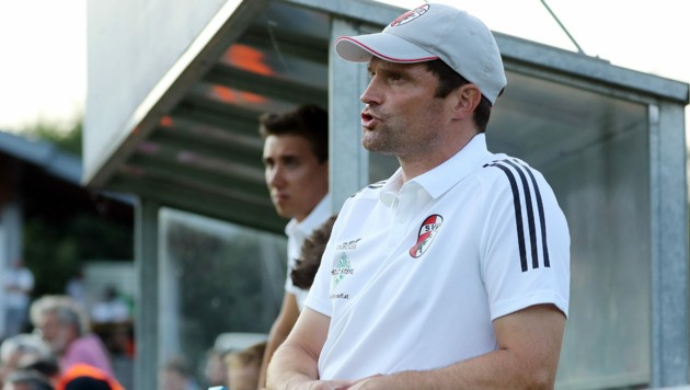 Kuchl-Coach Mario Helmlinger weiß noch nicht, wann er mit seiner Mannschaft wieder spielen darf. (Bild: krugfoto/Krug Daniel sen.)