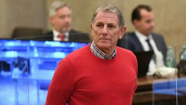 Ex-Lobbyist Peter Hochegger räumte im Buwog-Verfahren als einziger Angeklagter eine Teilschuld ein. (Bild: APA/HELMUT FOHRINGER)