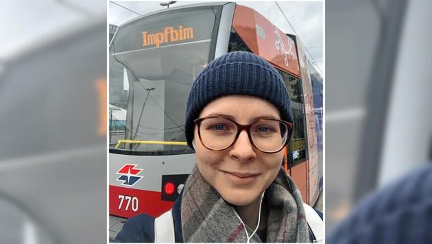 """Das Selfie mit der """"Impfbim"""" gehört nach dem Besuch natürlich dazu. (Bild: Katharina Pirker)"""