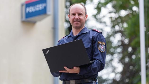 Cyber-Ermittler Christian Baumgartner ist der Polizist des Jahres 2019. (Bild: LPD Kärnten)