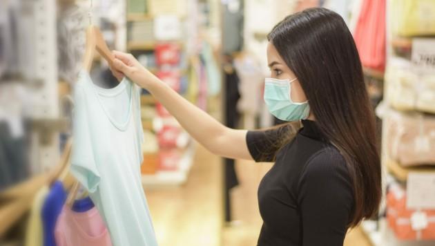 Das Tragen der Maske kann Hautprobleme begünstigen. (Bild: ©tonefotografia - stock.adobe.com)