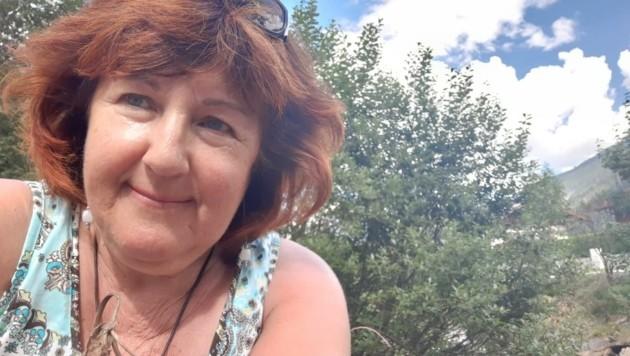 Regina H. (58) half einem Diebstahl-Opfer aus der Klemme. (Bild: Andreas Schneider)