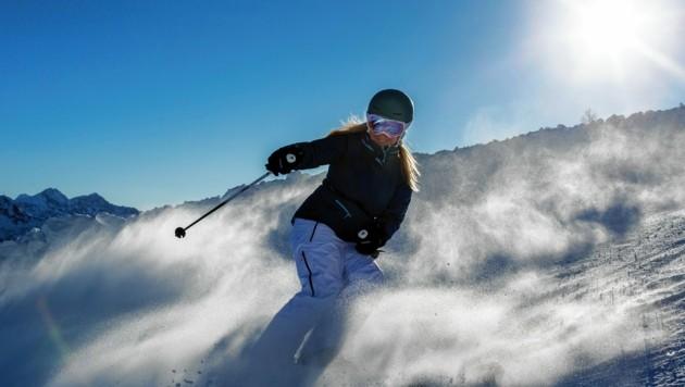 Die Steirer selbst und viele Urlauber haben Lust auf Schnee und Winterwunderland! (Bild: Steiermark Tourismus / Tom Lamm)