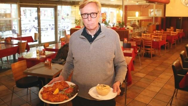 "Wirt Joachim Richling in seinem ""Pizza & Grill"" am Floridsdorfer Bahnhof (Bild: Peter Tomschi )"