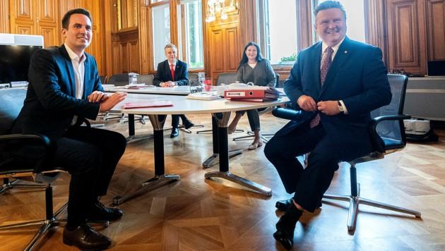 Bürgermeister Michael Ludwig hat bereits mit NEOS-Landeschef Christoph Wiederkehr gesprochen. (Bild: APA/GEORG HOCHMUTH)