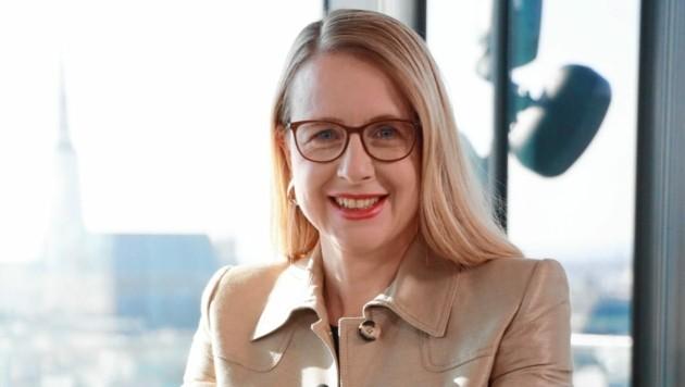 Wirtschaftsministerin Margarete Schramböck (Bild: Zwefo)