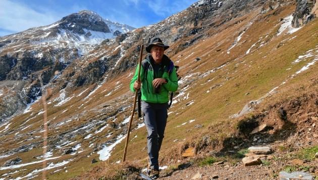 """Nationalpark-Ranger Markus Lackner wanderte mit der """"Bergkrone"""" in das Reich der Steinböcke. Einfach mal im Nationalpark anfragen. (Bild: Wallner Hannes)"""