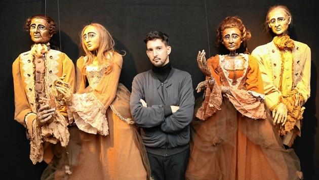 Puppenkünstler und Regisseur Nikolaus Habjan zeigt in der Kunsthalle Graz seine Geschöpfe (Bild: Christian Jauschowetz)