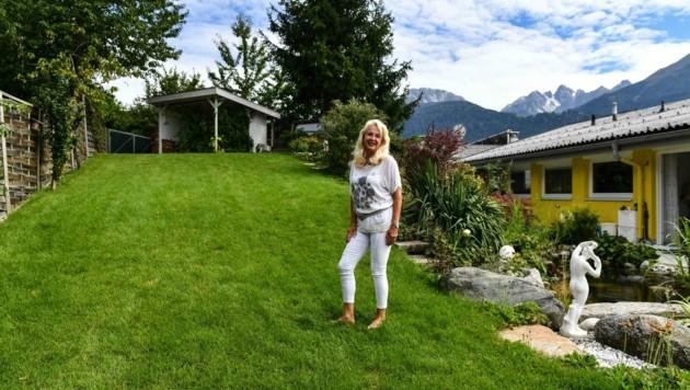 Sonja Cernusca will ihre knapp 200 Quadratmeter große Grünoase behalten. (Bild: Liebl Daniel)