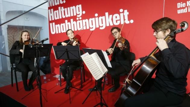 Studenten des Haydn-Konservatoriums spielten zur Eröffnung (Bild: Holl Reinhard)