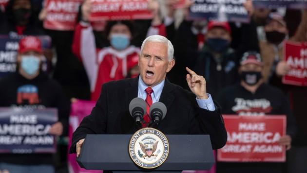 Im unmittelbaren Umfeld des Vizepräsidenten Mike Pence haben sich mehrere Personen mit Corona angesteckt. (Bild: AP/Nicole Hester/Ann Arbor News/Mlive.com)