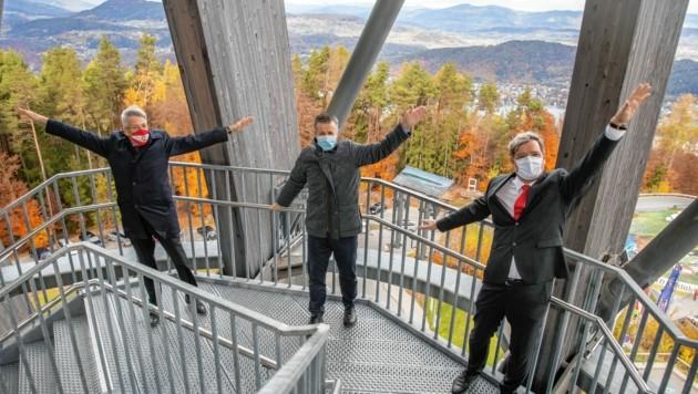 LH Peter Kaiser, Karl Schnabl und Bürgermeister Karl Dovjak am Turm. (Bild: NZ Photo / Zangerle)