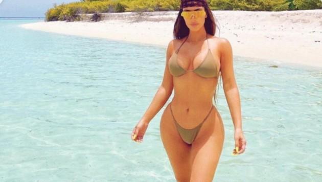 Kim Kardashian feiert ihren 40er im XXS-Bikini. (Bild: instagram.com/kimkardashian)