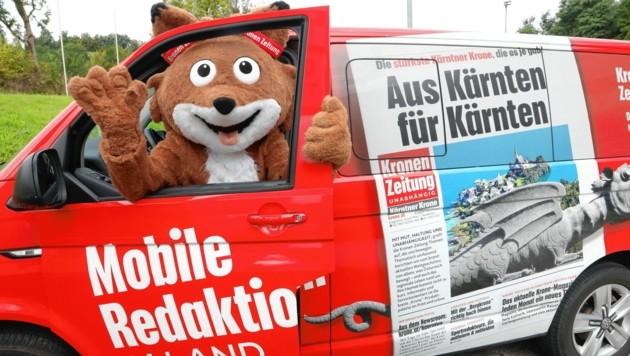 """Mit der mobilen Redaktion ist Lesefuchs """"Theo"""" in Kärnten unterwegs. (Bild: Rojsek-Wiedergut Uta)"""
