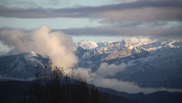 Bald werden die niedrigeren Gipfel in ganz Salzburg ihr Schneekleid wieder ausziehen (Bild: Tröster Andreas)