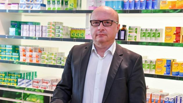 """Thomas Veitschegger, Präsident der OÖ Apothekerkammer: """"Die Leute wollen diese Schnelltests."""" (Bild: © Harald Dostal)"""