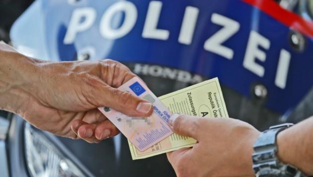 Auch der Führerschein des Serben war gefälscht. (Bild: Birbaumer Christof)