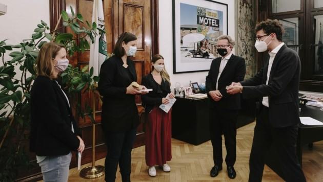 """Regisseurin Sandra Wollner erhielt mit ihrem Team den Großen Diagonale-Preis des Landes Steiermark in der Kategorie """"Bester Spielfilm"""". (Bild: Sebastian Reiser)"""