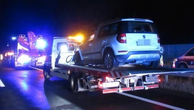 Die havarierten Autos mussten abtransportiert werden. (Bild: FF Leoben-Stadt.)