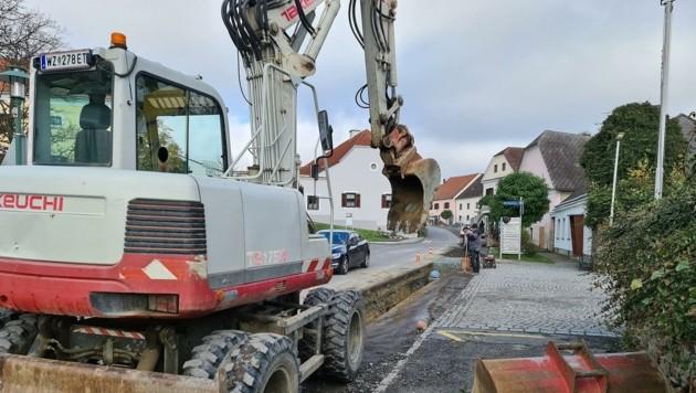 Die Bauarbeiten am Hauptplatz und in der Burg sind derzeit voll in Gang. (Bild: Weber Franz)