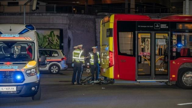 Hier kam es zu dem tödlichen Zusammenstoß zwischen dem Radfahrer und dem Linienbus. (Bild: Zeitungsfoto.at/Team)